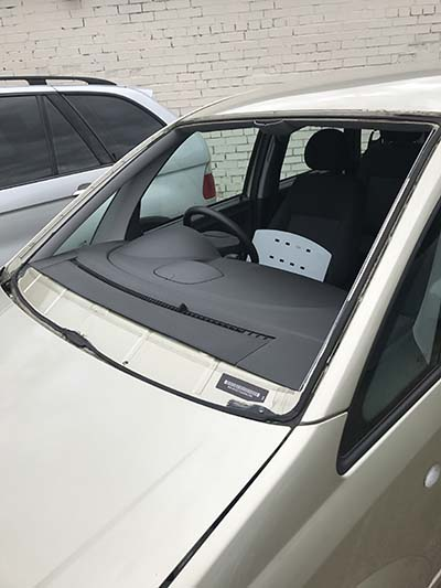 Vauxhall Meriva Windscreen Replacement Radcliffe